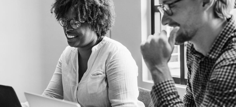Sidemandsoplæring er et vigtigt værktøj på arbejdspladsen
